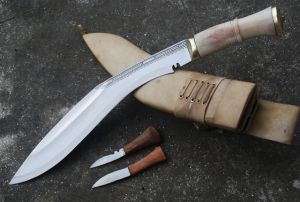 19TH CENTURY AUTHENTIC GURKHA WWI KUKRI