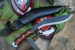 Black Hunter Sirupate Gripper Handle Kukri