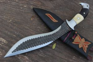 "11.5"" Eagle Survival Rust Free Kukri"