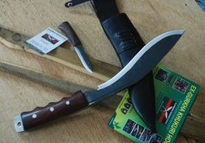 GURKHA SERVICE RUST FREE GRIPPER HANDLE KUKRI