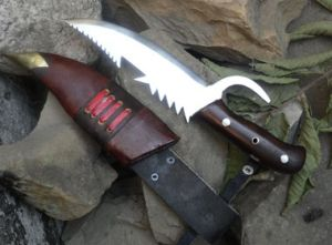 Extreme Survival Knife